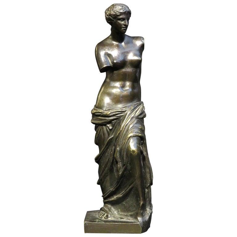19th Century Grand Tour Style Bronze of Venus De Milo, Continental, Circa 1890 For Sale