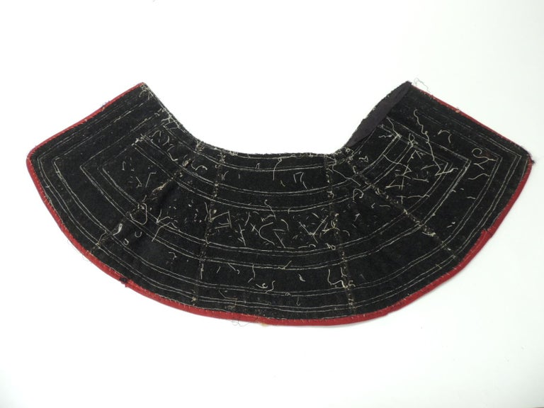 Thai 19th century Green and Yellow Heavy Embroidered Asian Collar For Sale