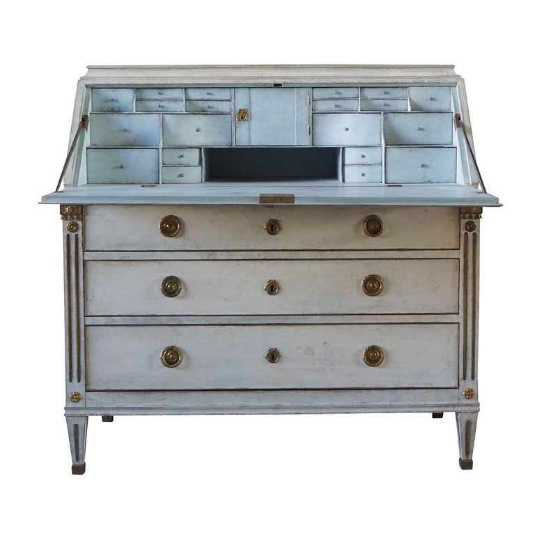 Hand-Painted 19th Century Gustavian Bureau Neoclassical Style For Sale