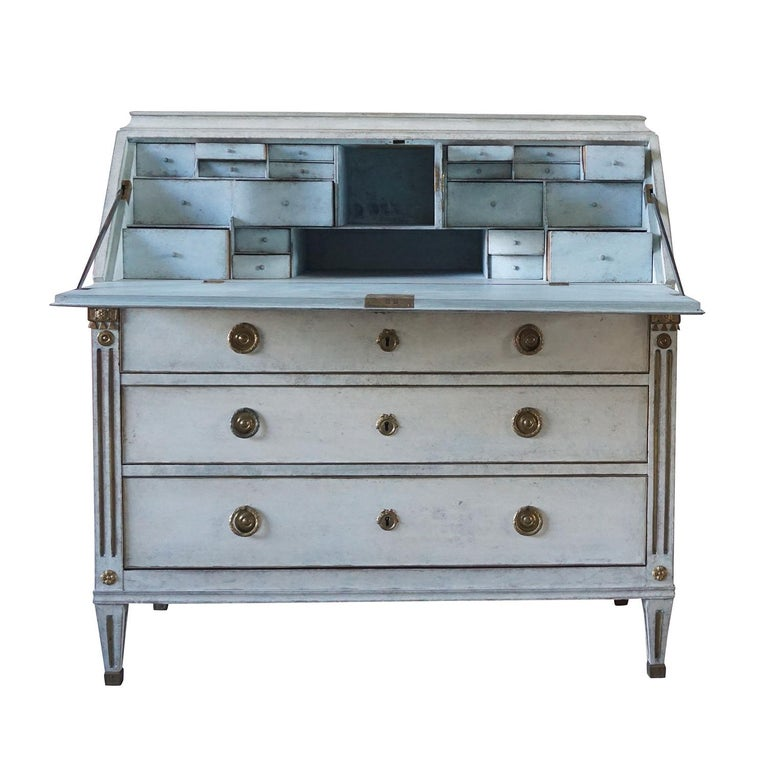 19th Century Gustavian Bureau Neoclassical Style In Good Condition For Sale In West Palm Beach, FL