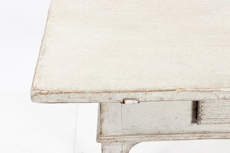 19th Century Gustavian Lamp Table with a Single Drawer For Sale 3