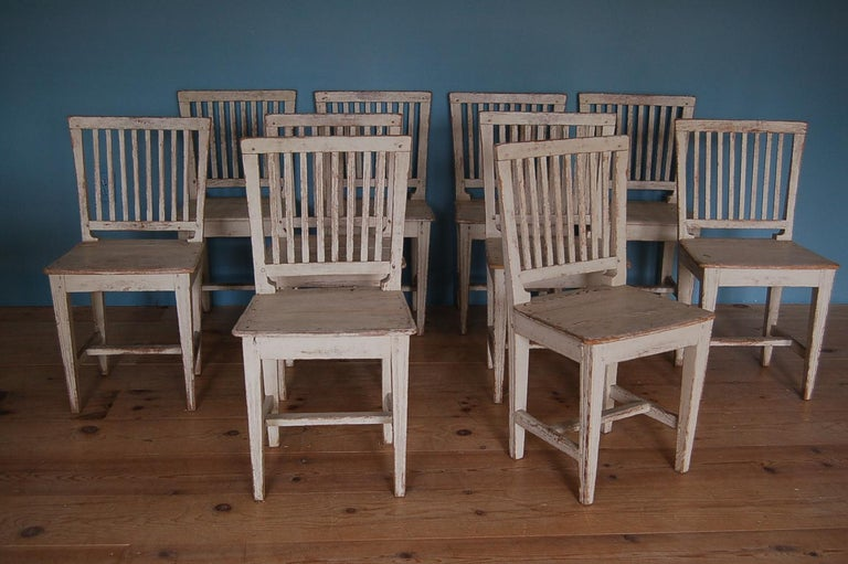 19th Century Gustavian Slat-back Chairs, Set of Ten, Sweden, circa 1810 In Excellent Condition For Sale In New York, NY