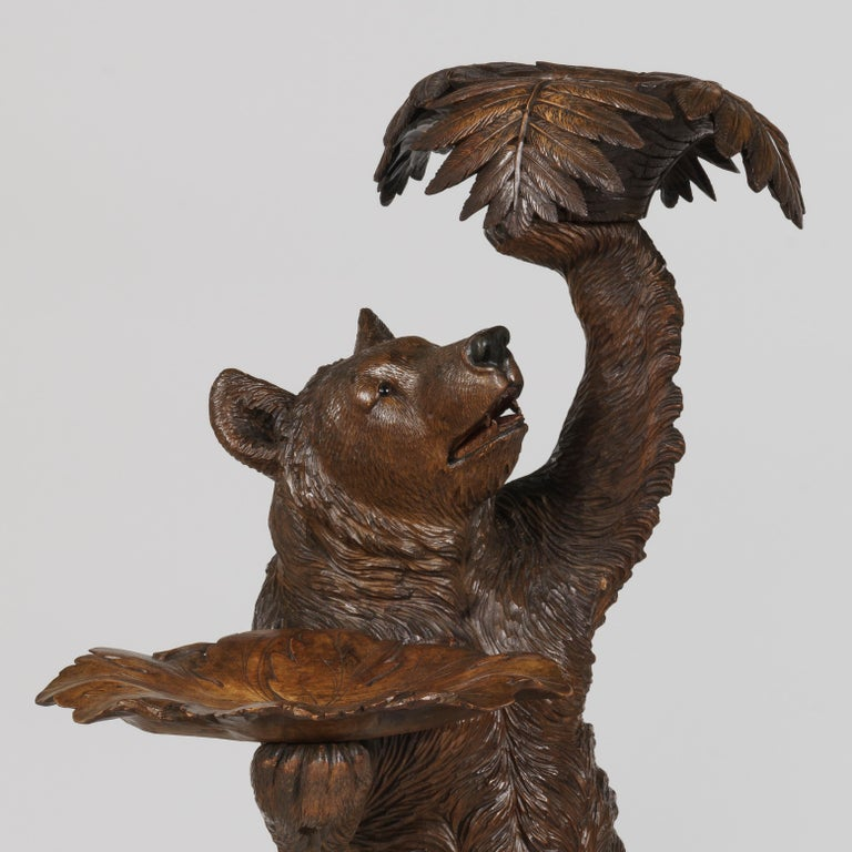 19th Century Handcarved Black Forest Bear Jardinière Planter In Good Condition For Sale In London, GB