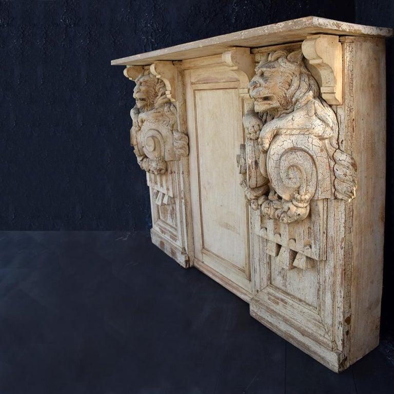 19th Century Hand Carved Lion Console Decorative Unique Furniture For Sale 3