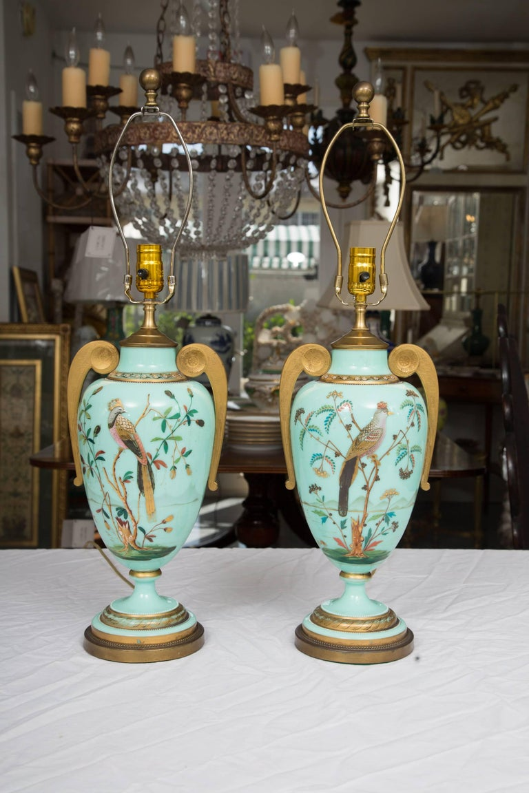 19th Century Hand-Painted French Opaline Lamps For Sale 7