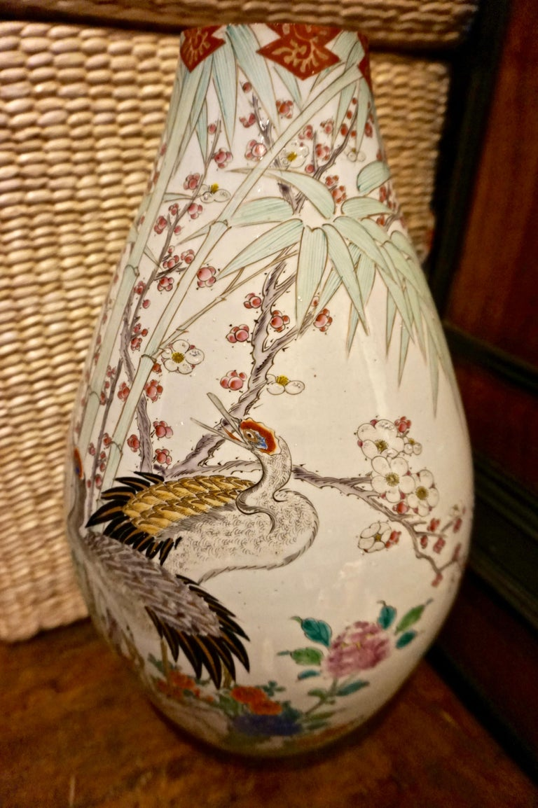 19th Century Handmade Large Japanese Conical Vase with Cranes and Foliage For Sale 6