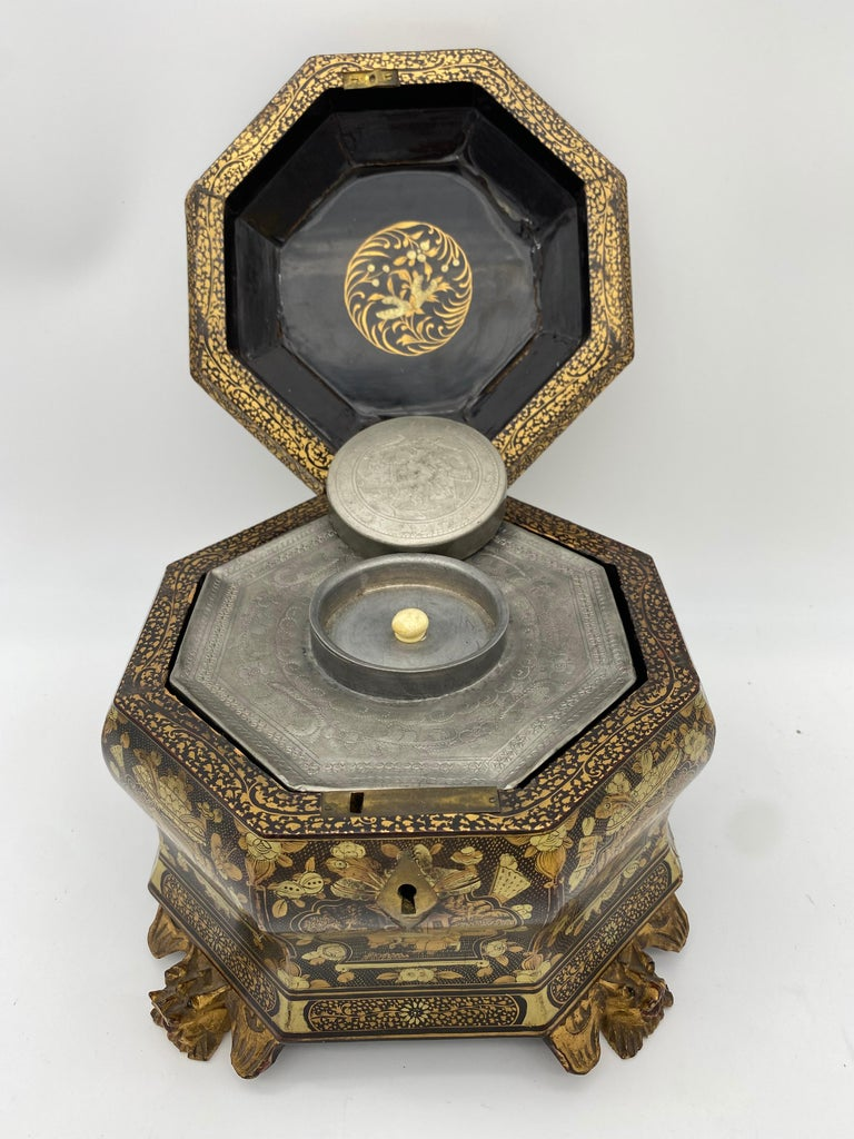 19th Century Hexagonal Black Lacquer Chinese Tea Caddy For Sale 5