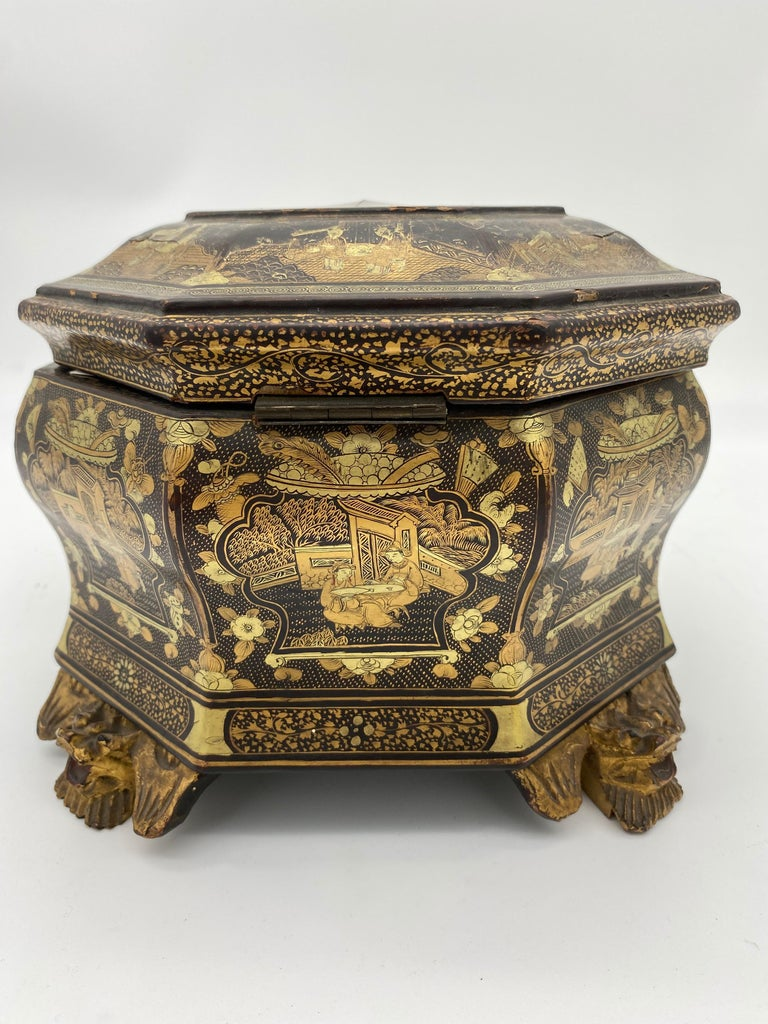 19th Century Hexagonal Black Lacquer Chinese Tea Caddy In Good Condition For Sale In Brea, CA