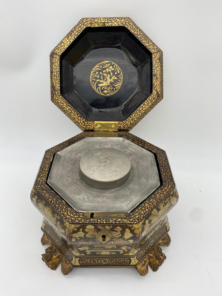19th Century Hexagonal Black Lacquer Chinese Tea Caddy For Sale 3