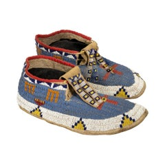 19th Century Hidatsa Sioux Beaded Moccasins