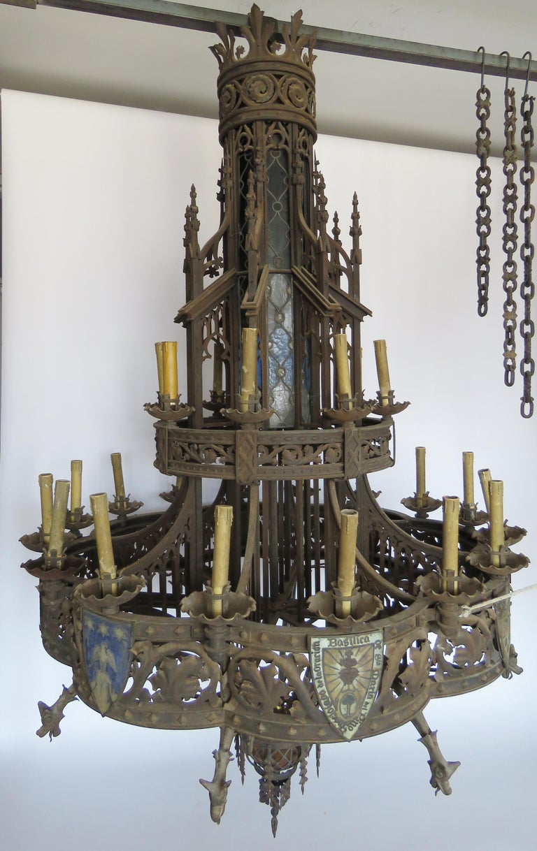 19th Century Huge Gothic Iron Chandelier In Fair Condition For Sale In Alella, ES