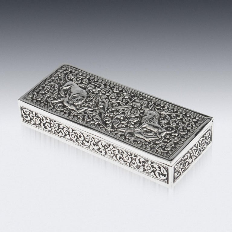 19th Century Indian Colonial Cutch Solid Silver Stamp Box, circa 1890 For Sale 1