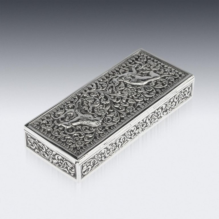 19th Century Indian Colonial Cutch Solid Silver Stamp Box, circa 1890 For Sale 2