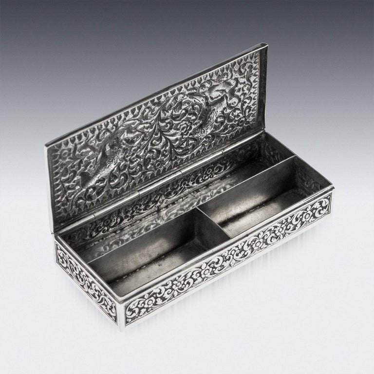 19th Century Indian Colonial Cutch Solid Silver Stamp Box, circa 1890 For Sale 6