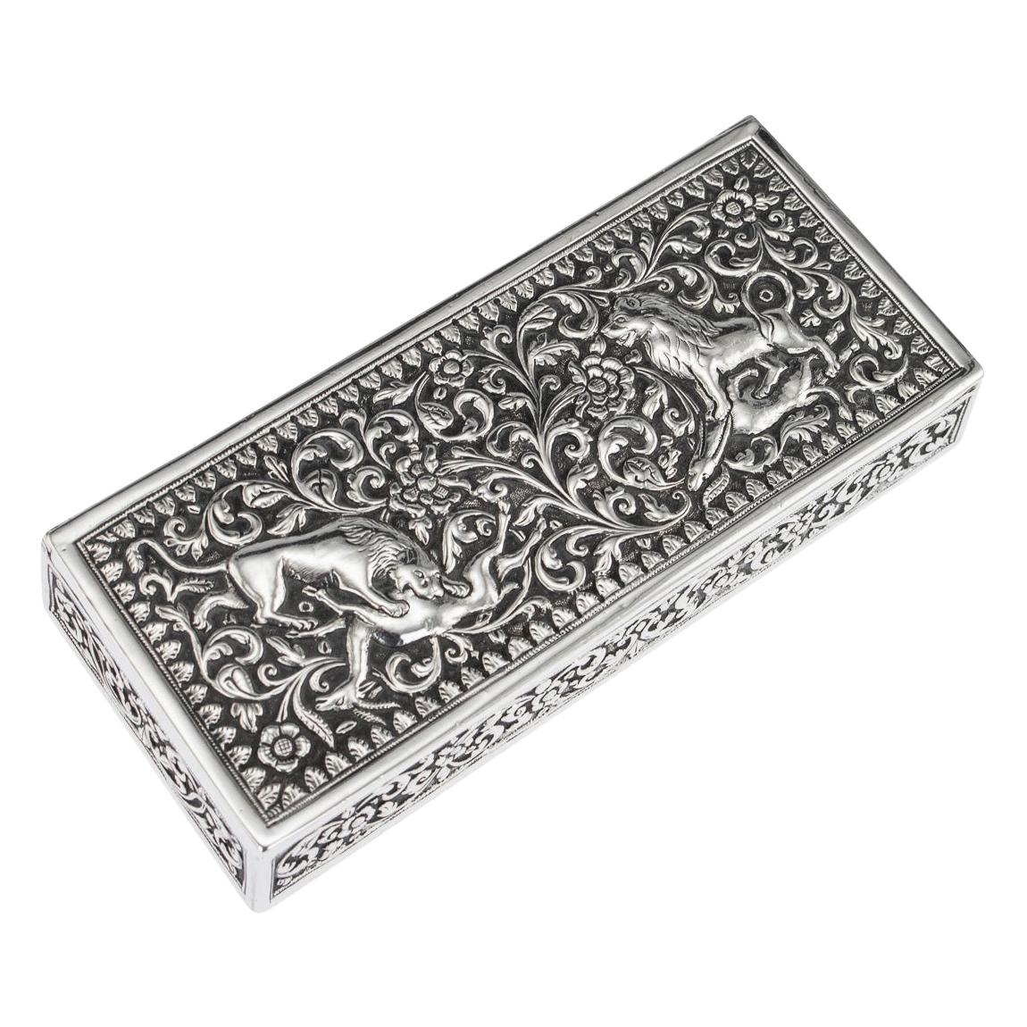 19th Century Indian Colonial Cutch Solid Silver Stamp Box, circa 1890