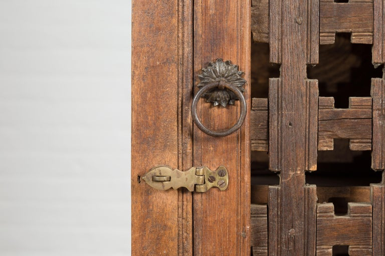 19th Century Indian Wooden Cabinet with Single Fretwork Door and Brass Handle For Sale 4
