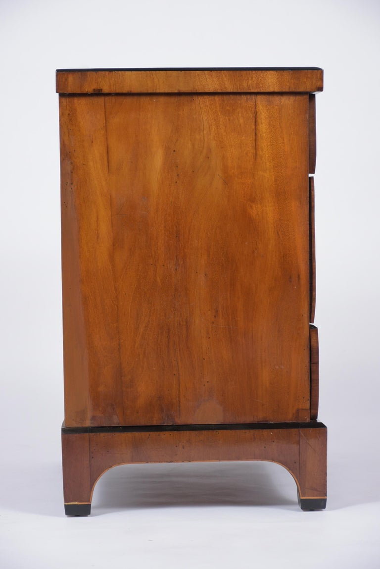 19th Century Inlaid Walnut Chest of Drawers For Sale 4