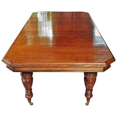 19th Century Irish Country Squire's Oak Telescopic Dining Table