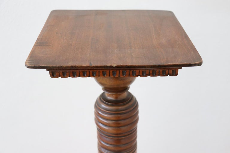 Early 19th Century 19th Century Italian Antique Column in Turned Walnut For Sale