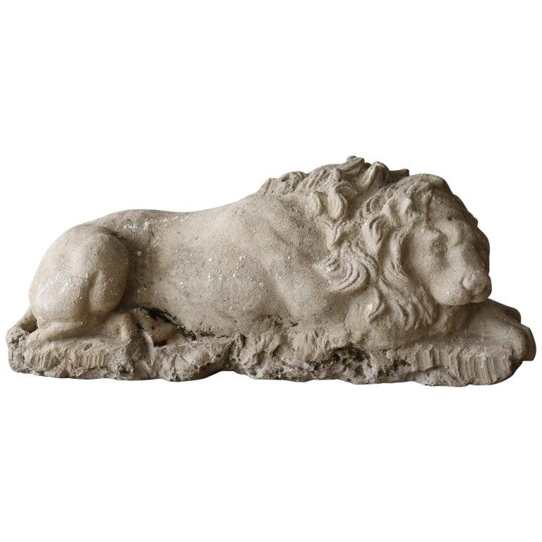 18th Century Italian Antique Lion Sculpture in Stone For Sale