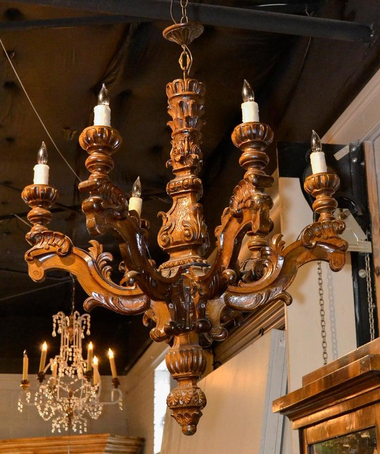 Walnut 19th Century Italian Baroque Chandelier For Sale