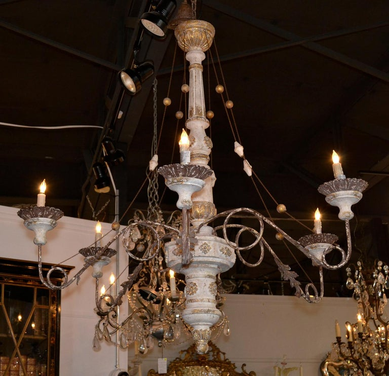 19th Century Italian Carved Chandelier 7