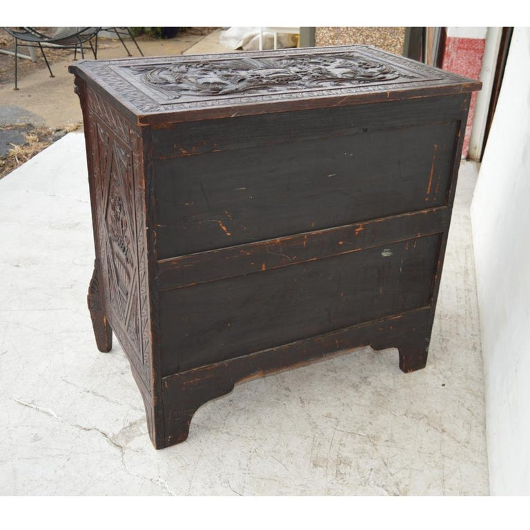 19th Century Italian Carved Dresser For Sale 4