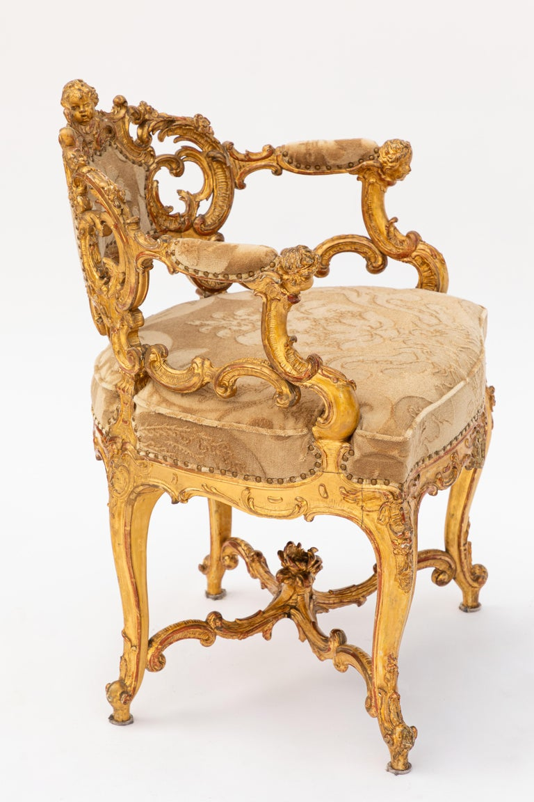 19th Century Italian Carved Giltwood Armchair with Cherub Motif For Sale 3