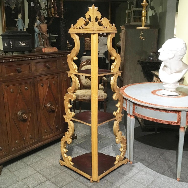 19th Century Italian Carved Louis Philippe Corner Shelf with Gold Leaf Gilding For Sale 15