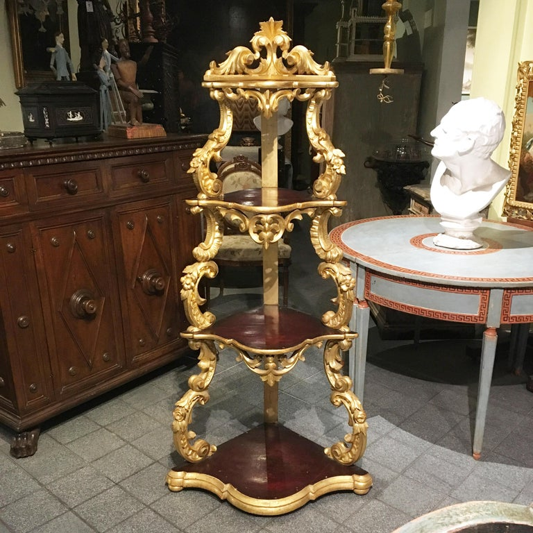 19th Century Italian Carved Louis Philippe Corner Shelf with Gold Leaf Gilding For Sale 2