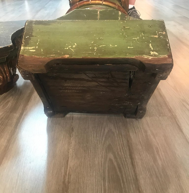 19th Century Italian Carved Oak Painted Pedestal Column For Sale 8