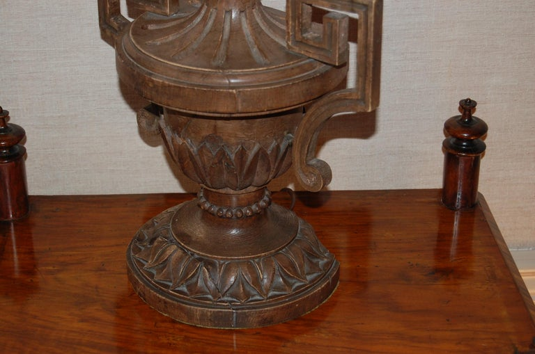 19th Century Italian Carved Pine Finial Wired as a Table Lamp For Sale 4