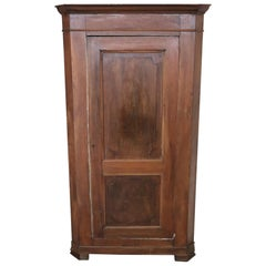 19th Century Italian Corner Cupboard or Corner Cabinet in Solid Walnut