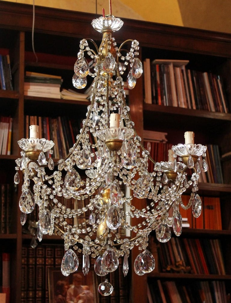 19th Century Italian Cut Crystal Beaded Gilt Iron Bird Cage Structure Chandelier In Good Condition For Sale In Firenze, IT