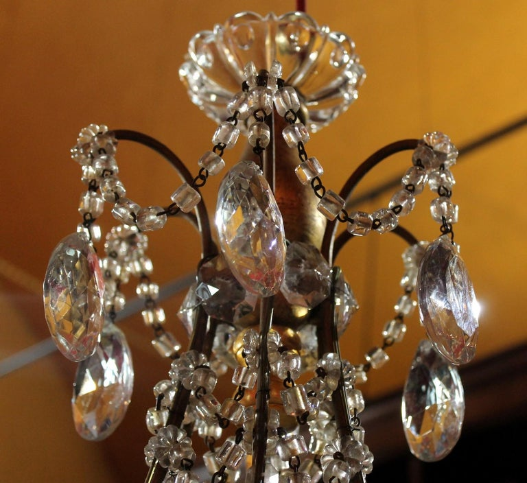 19th Century Italian Cut Crystal Beaded Gilt Iron Bird Cage Structure Chandelier For Sale 1