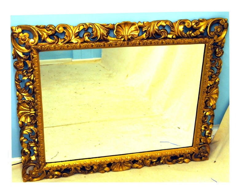 19th Century Italian Florentine Giltwood Wall Mirror In Good Condition For Sale In Bedfordshire, GB