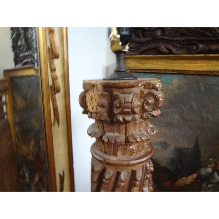 19th Century Italian Giltwood Corinthian Column Lamp For Sale 3