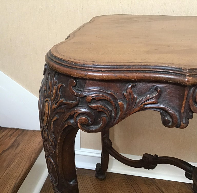 19th Century Italian Hand Carved Center Table For Sale 3