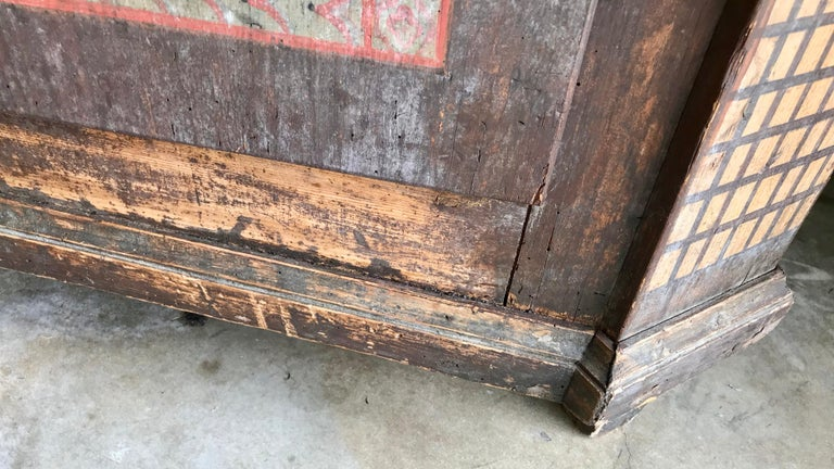 19th Century Italian Hand Painted Side Cabinet / Armoire For Sale 14