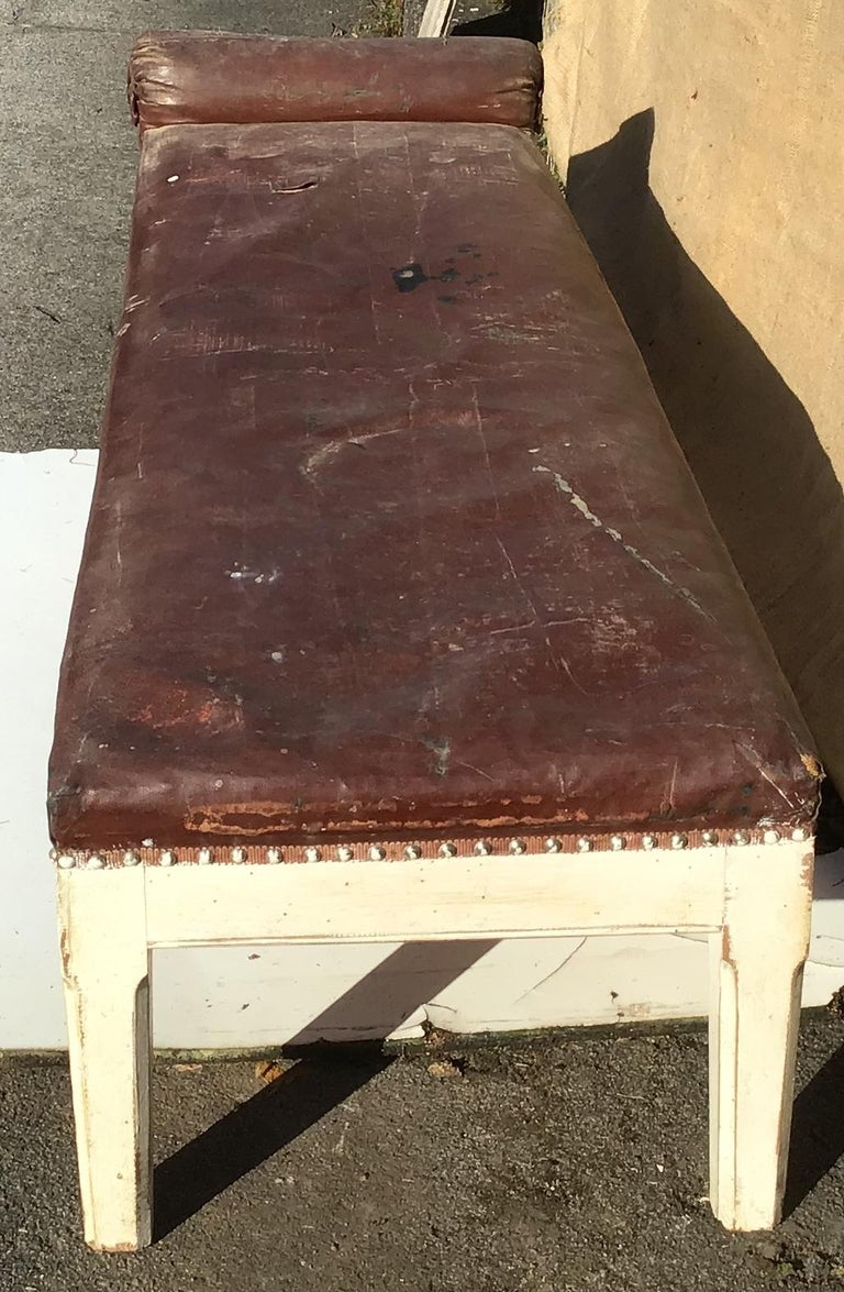 Painted 19th Century Italian Leather and Wood Dormeuse, 1890s For Sale