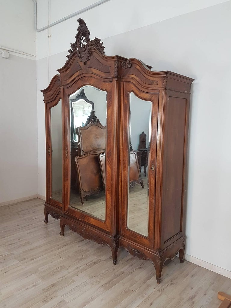 Refined And Elegant Complete Bedroom Set End 19th Century In Perfect Louis Xv Rococò Style