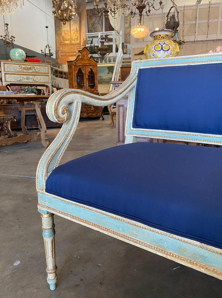19th Century Italian Louis XVI Style Painted and Gold Gilt Bench Settee Ca 1820 In Good Condition For Sale In Encinitas, CA