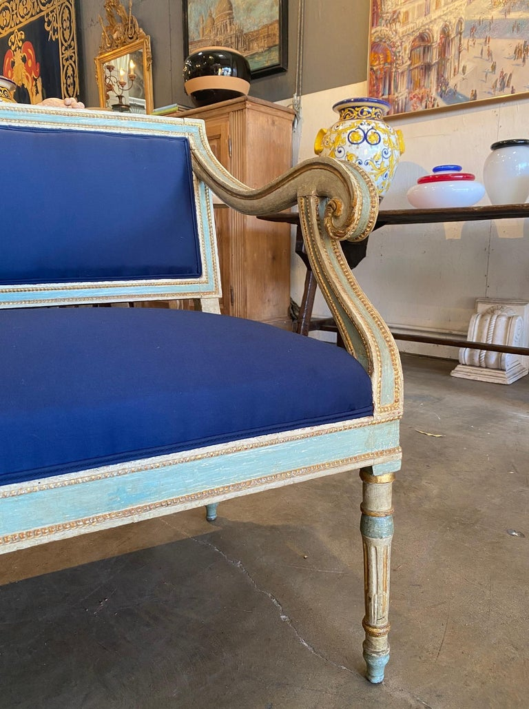 19th Century Italian Louis XVI Style Painted and Gold Gilt Bench Settee Ca 1820 For Sale 1