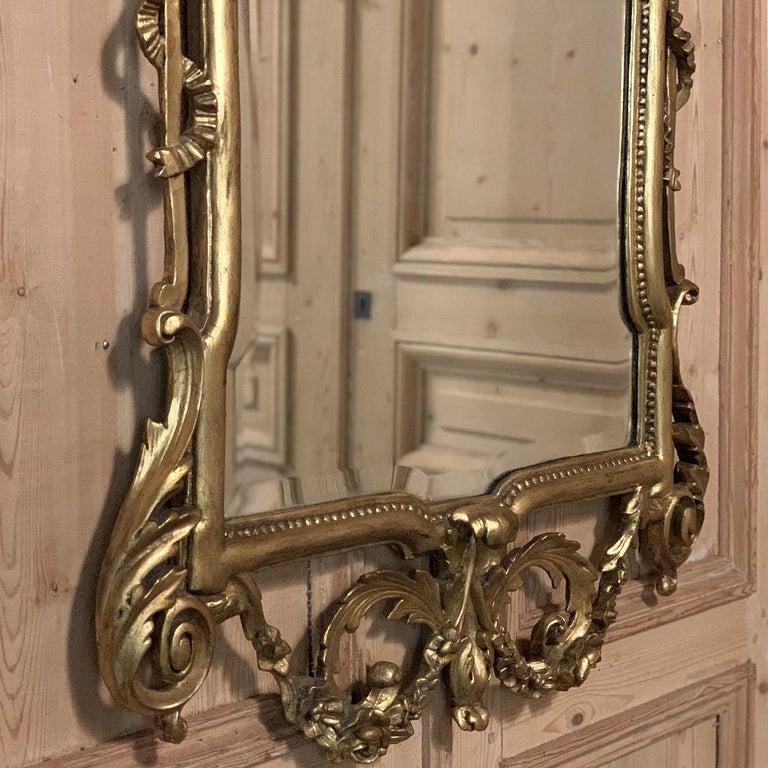 19th Century Italian Neoclassical Carved Giltwood Mirror For Sale 2