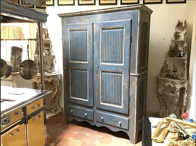 Victorian 19th Century Italian Piedmontese Painted Wood Wardrobe, 1890s For Sale