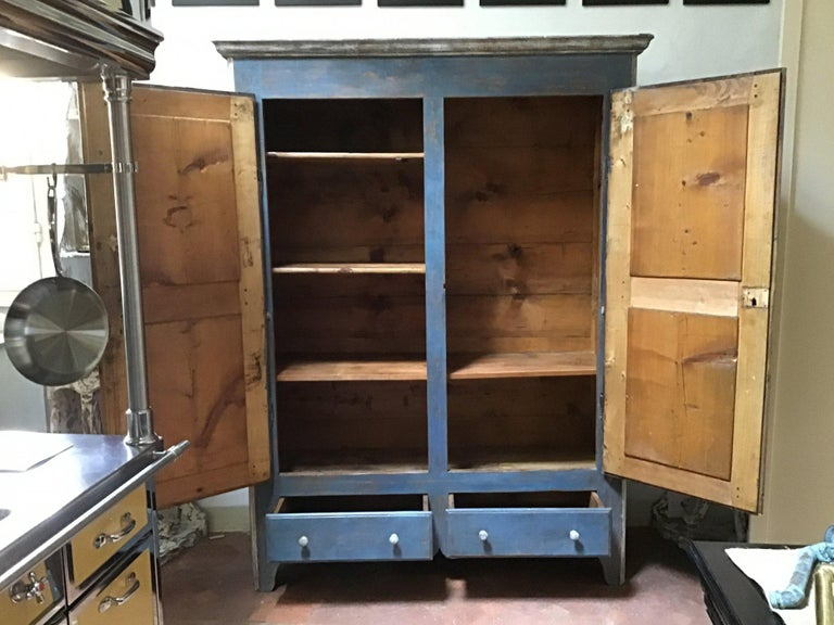 19th Century Italian Piedmontese Painted Wood Wardrobe, 1890s In Good Condition For Sale In Florence, IT