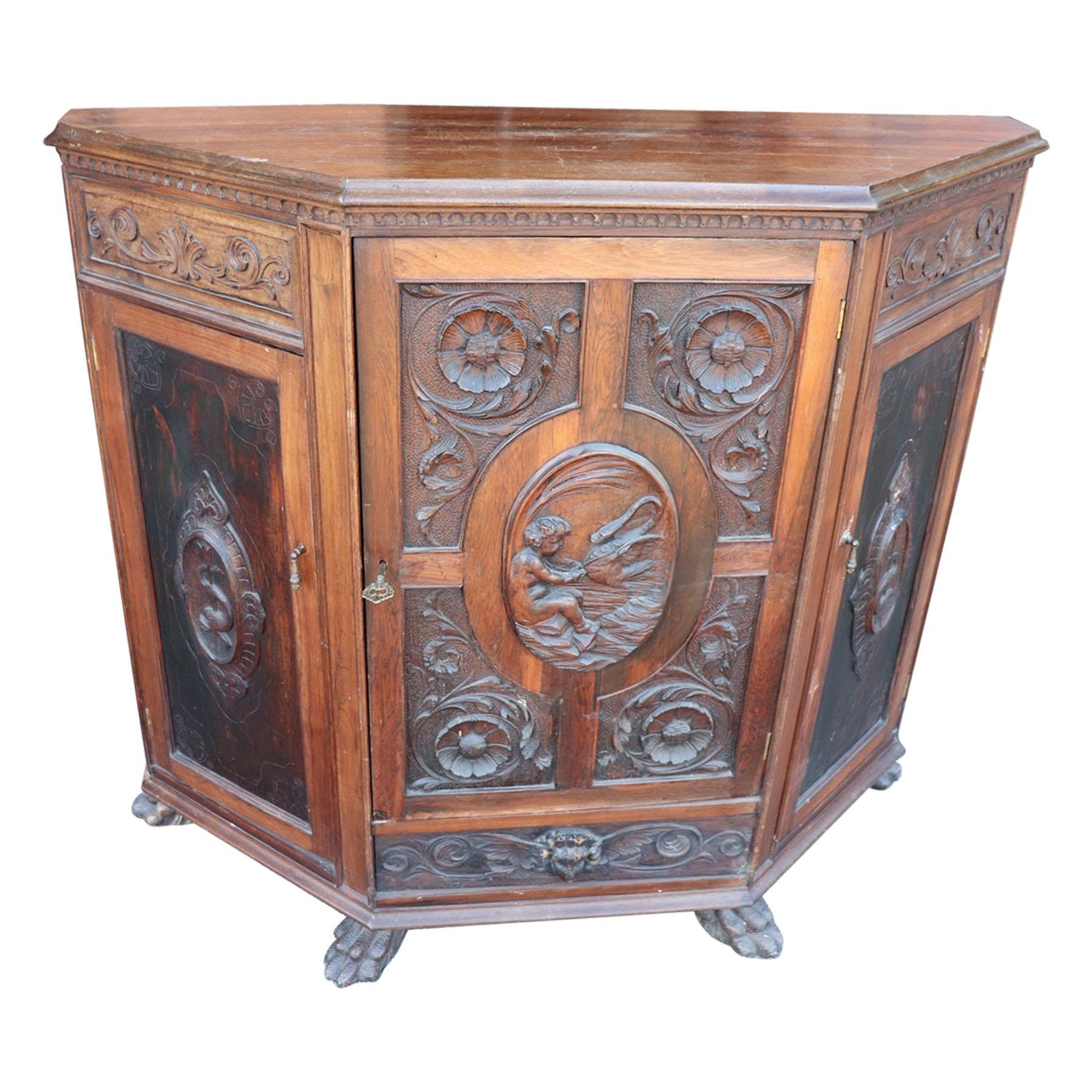 19th Century Italian Renaissance Style Carved Walnut Sideboard Buffet Credenza