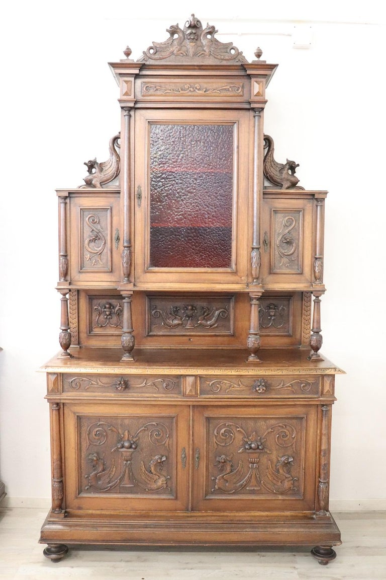 19th Century Italian Renaissance Style Walnut Carved Sideboard, Set of 2 In Good Condition For Sale In Bosco Marengo, IT