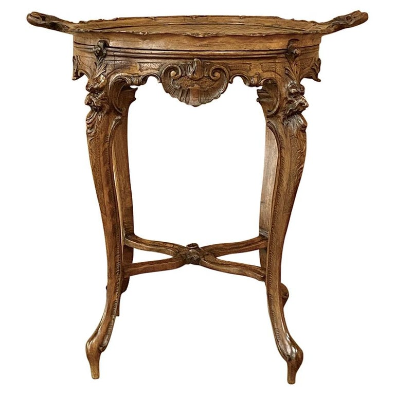 19th Century Italian Renaissance Walnut Serving Table with Tray For Sale