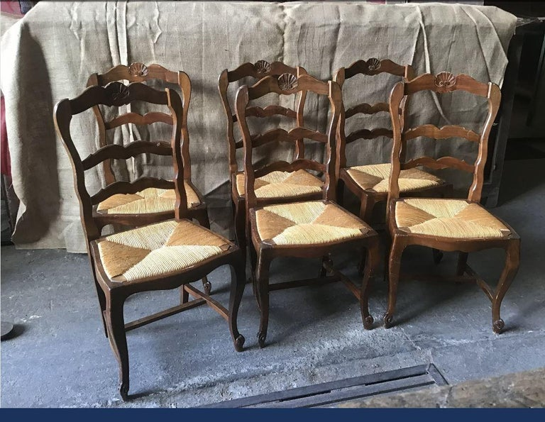 19th century Italian set of six dining chairs with straw seat, 1890s.